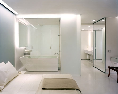 Bedroom with integrated bathroom, Olympic Tower Residence, New York _ architect Gabellini Sheppard