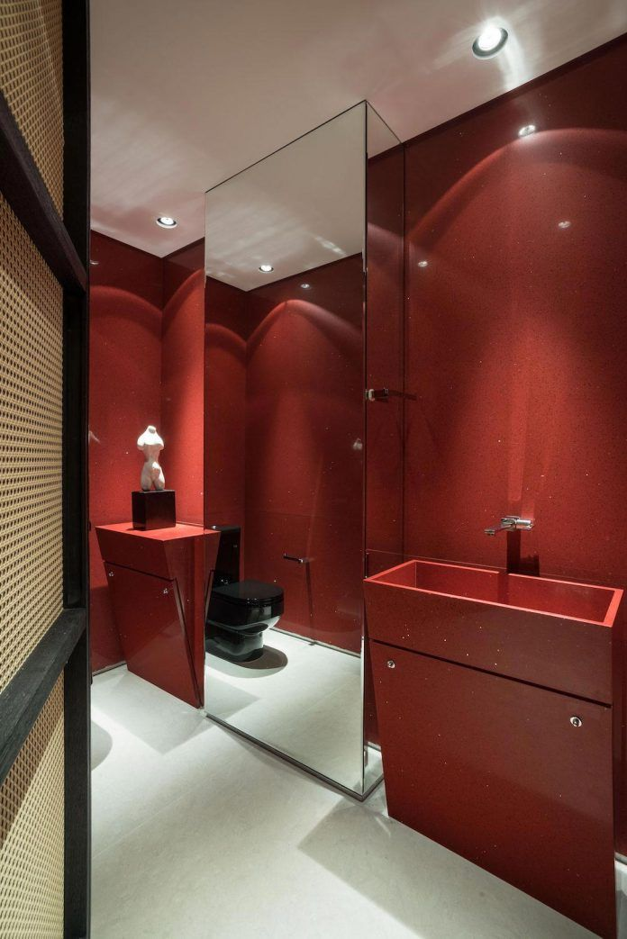 colourful-apartment-belo-horizonte-art-collector-lover-strong-colours-designed-2arquitetos-25