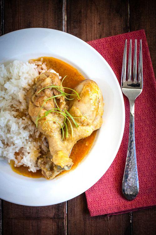 Red Shallot Kitchen: Gulai Ayam Padang (Padang Style Chicken Curry)