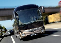 2013 Iveco Magelys Pro Bus transport semi tractor     g wallpaper