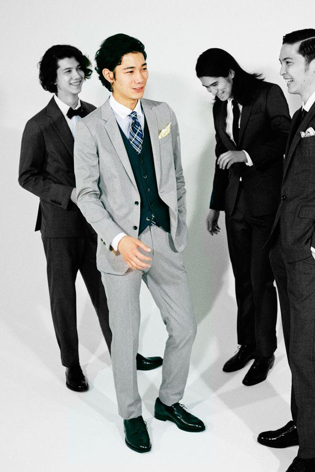 <結婚式 服装 男性 列席者スタイル> グレーの淡いスーツで爽やかに