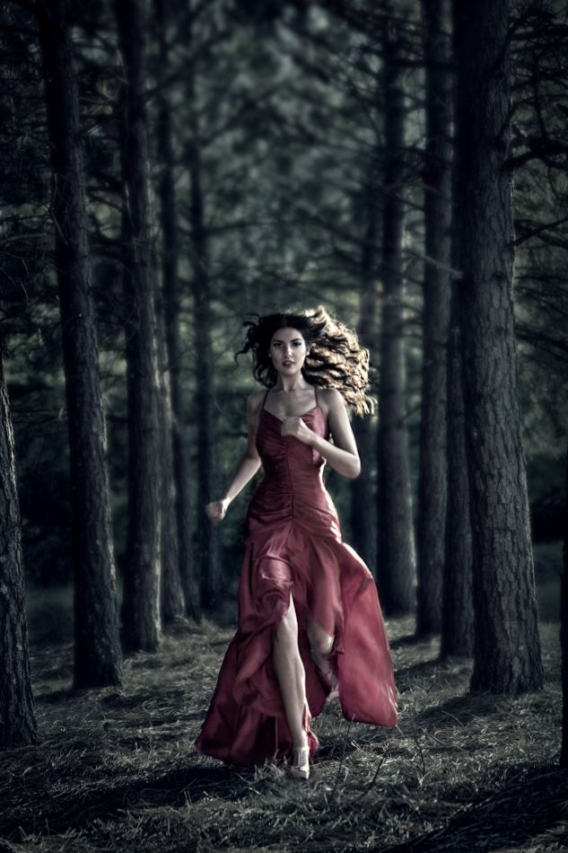 Fantasy | Magical | Fairytale | Surreal | Enchanting | Mystical | Myths | Legends | Stories | Dreams | Adventures | Fairy tale little red in fashion form. Elle Wood: Fashion