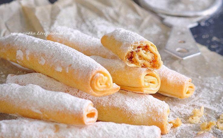 «Бармак» - это татарское печенье в виде скрученных рулетиков с ореховой начинкой. Печенье получается хрустящее и тающее во рту. «Бармак» дословно переводится, как пальцы. Именно из-за схожести этого печенья с длинными дамскими пальчиками, эта выпечка и получила такое…