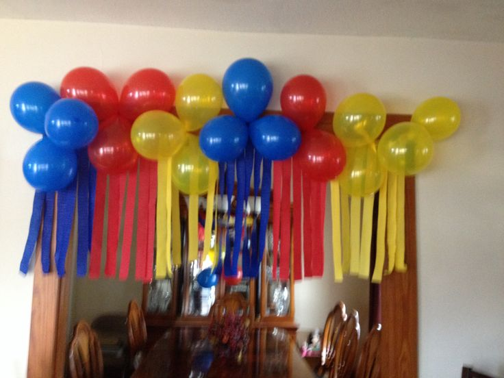 Used this great idea for a superman birthday party theme for Balloon decoration courses