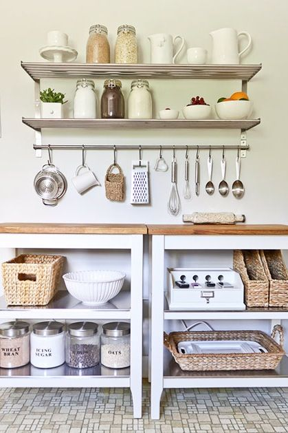 Space-Saving Tricks for Your Ridiculously Tiny Kitchen via @PureWow