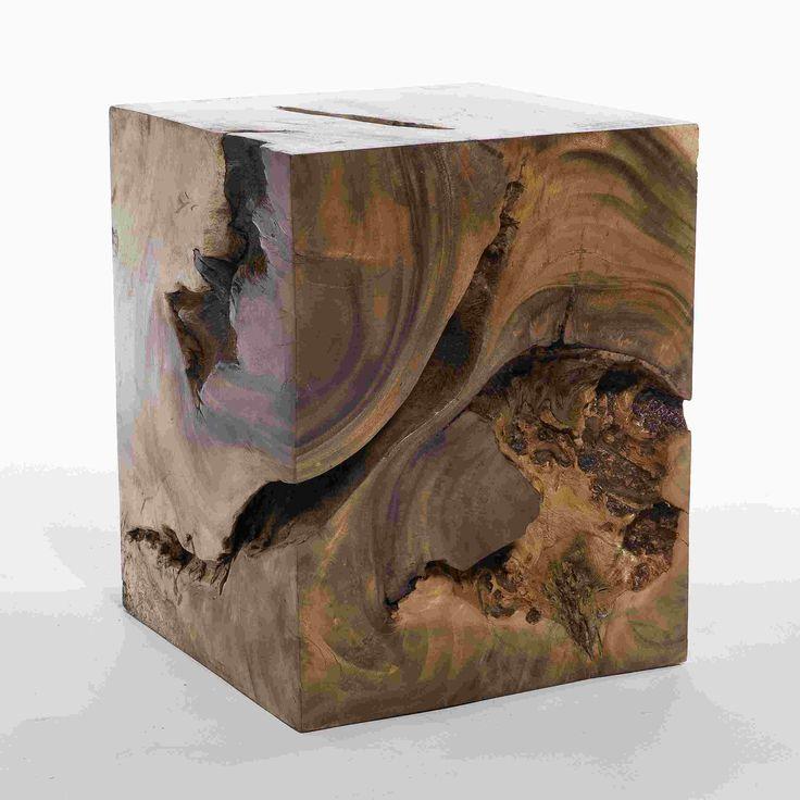 kleiner holzblock aus akazie als beistelltisch oder. Black Bedroom Furniture Sets. Home Design Ideas