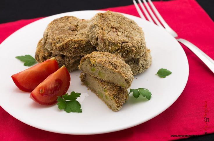 Polpette di zucchine vegane senza uova cotte in forno. http://www.mycookingidea.com/2012/06/polpette-di-zucchine/