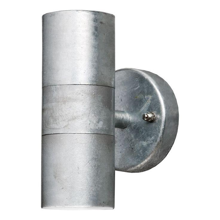 Modena vägglykta upp/ned Snygg fasadbelysning som lyser både upp och ned vilket ger en härlig effekt på din vägg. Utomhusanpassad armatur som finns i fler