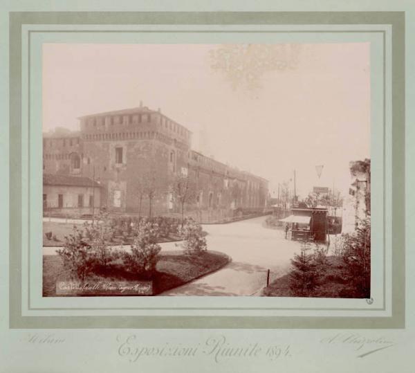 Milano - Esposizioni Riunite del 1894 - Castello Sforzesco. Fotografia eseguita dalle montagne russe installate al Parco Sempione.  06/05/1894 - 31/05/1894