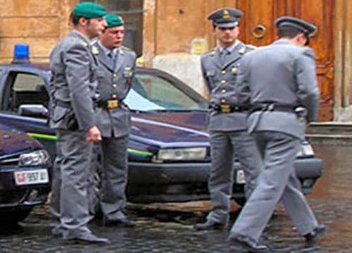 Cinquew News: Camorra, arrestate 31 persone del clan dei casales...