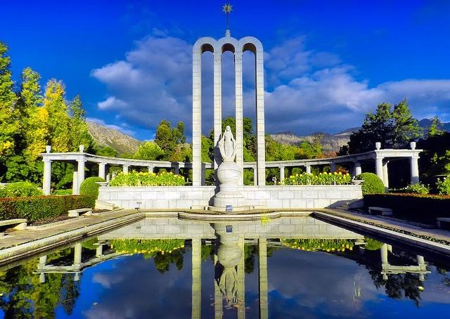 Huguenot Memorial, Franschhoek by Gordon M Robertson, via Flickr a 5 minute walk from La Clé des Montagnes