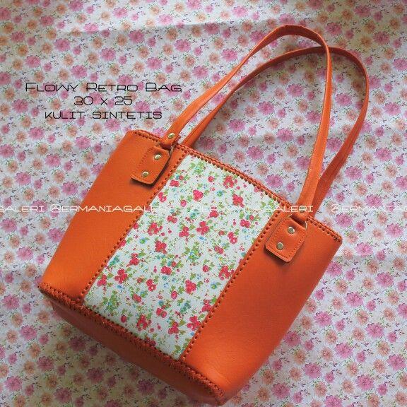 Bag | vintage | flowy | floral | classic | retro | woman's bag | shabby | fashion | ermania