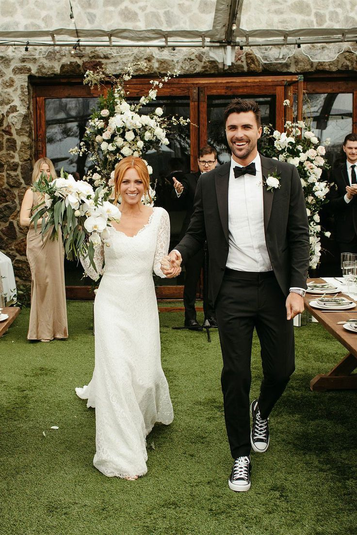 Exclusive See Brittany Snow And Tyler Stanaland S Wedding Photos Snow Wedding Wedding Dresses Lace Wedding
