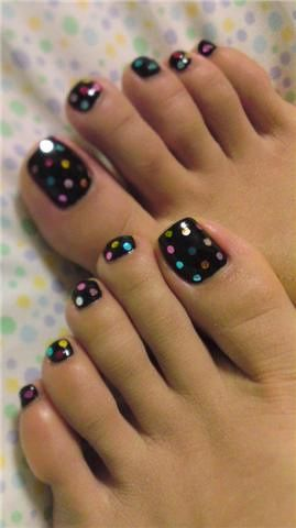 Colorful Polka Dots on black, very cute.