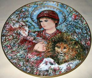 "Edna Hibel Annual Christmas "" Peaceful Kingdom "" Plate Orig BX COA | eBay"