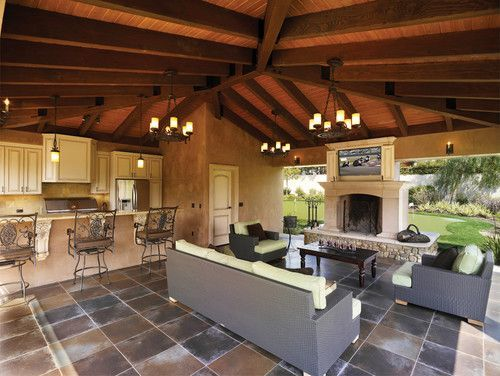 Outdoor Entertaining Rooms |