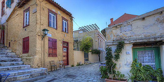 Πλάκα: Βόλτες στην απόλυτη αθηναϊκή γειτονιά