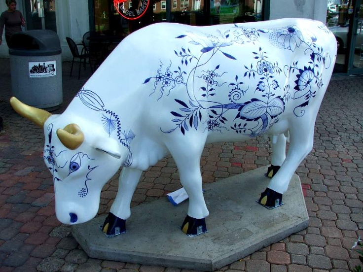 Cows on Parade - Classie Meissen Cow