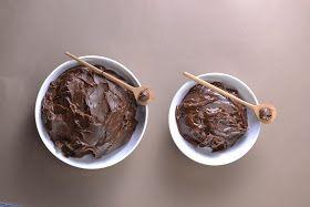"""Sofisticado e muito saboroso, o brigadeiro gourmet é a reinvenção do tradicional """"negrinho"""" ou brigadeiro.         A versão tradicional do..."""