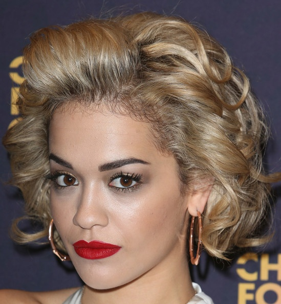 Rita Ora's Marilyn Monroe-Inspired Curls