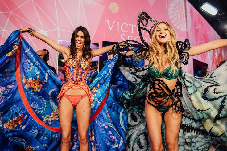 What Really Happens Backstage at the Victoria's Secret Show With Kendall Jenner, Gigi Hadid, and More