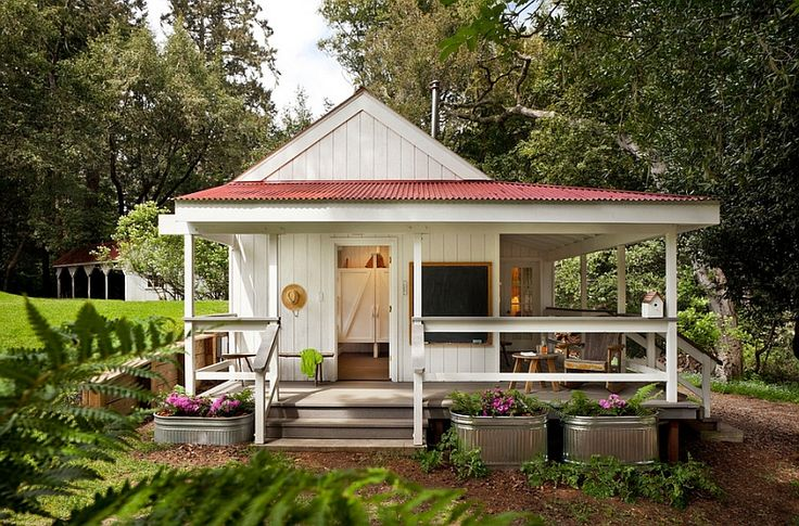 Chic Room Renovation Ideas and Good Terrace Inspiration: Striking Small Porch Idea For The Farmhouse Style Home Design Exterior With Traditional Style Used Wooden Material