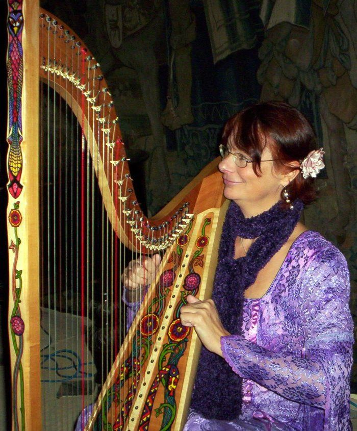 Marie-France Riboulet, experienced, professional harpist for all occasions plays live harp music for weddings and other events.Originally from East Sussex, but now based in Bristol, Marie-France has been playing her harp for over 39 years. She has studied at the conservatoire of Besancon and has played in the finest venues in the South West of England.Her vast repertoire includes popular music from 20th and 21st century with some jazz and latin, light and romantic classical, traditional..