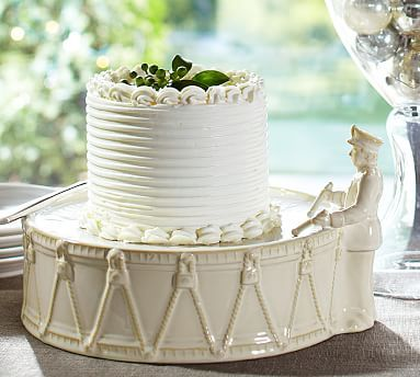 I love that Pottery Barn is thinking out the box and doing something different with a classic piece like a cake stand. The Twelve Drummers Drumming Cake Stand @potterybarn #potterybarn