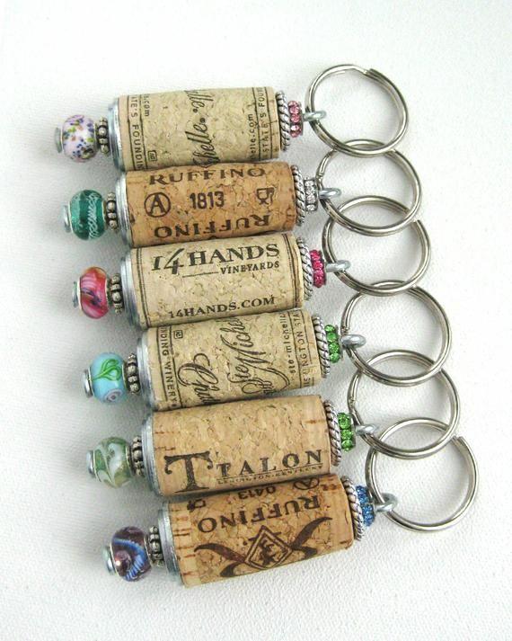 Wein Kork Schlüsselanhänger, Perlen Kork Schlüsselanhänger, Kork Schlüsselanhänger, Brautjungfern Geschenk, Hochzeit Gefälligkeiten