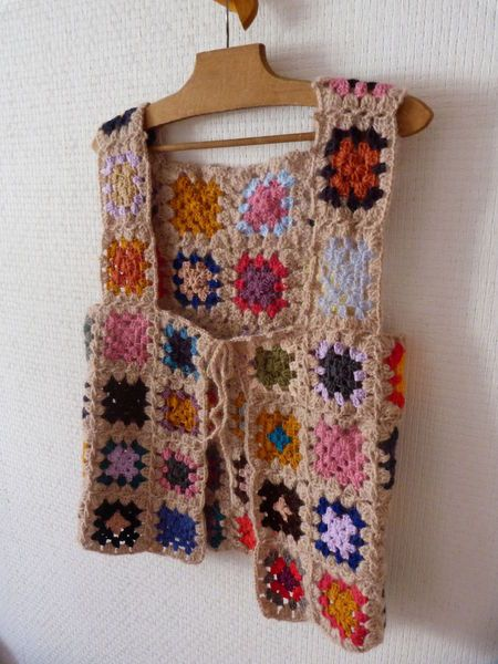 Crochet Granny Square Vest Patterns : Love this cute