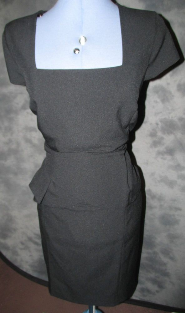 SOUTH,LADIES,SIZE 18,BLACK,SQUARE NECK,CAP SLEEVED,NO PATTERN,FORMALDRESS..