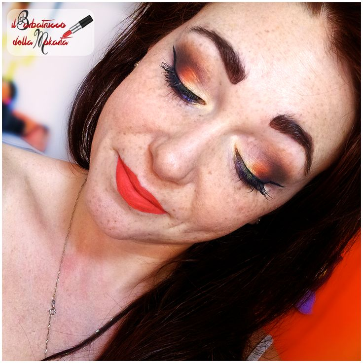 Colors makeup!! #makeup #orange #arancione #eyes  #dieasmakeup -Fondotinta #FinisTerreMineral -Terra #ARTDECO -Blush #Mulac  -palette ‪#‎crazyEyeshadow‬ di #PaolaP -eyeliner ‪#‎mulac‬ -mascara #AstraMake Up -sopracciglia con #Kalentin  n04 -‪#‎sclerossetto‬ con ‪#‎SuedeBerry‬ di #LimeCrime