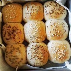 Mamma'tje van alles: Zachte speltbroodjes uit eigen oven.