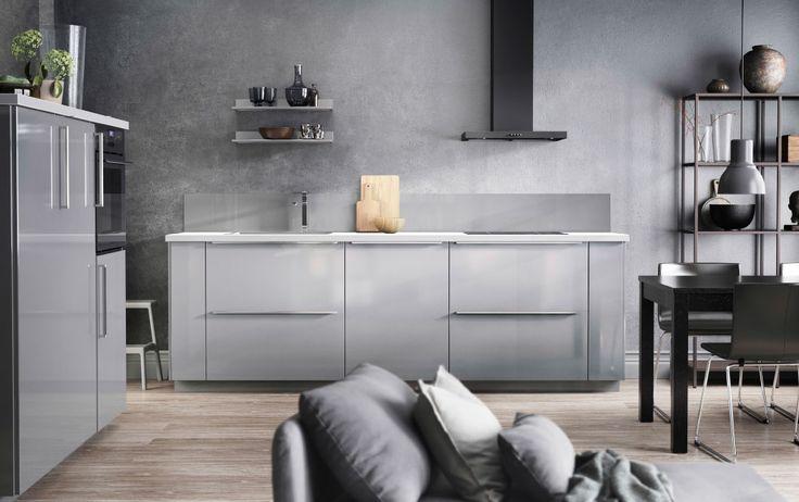 Ikea Schreibtisch Rollcontainer ~ Küche mit RINGHULT Fronten Hochglanz grau und Details in Grau  IKEA