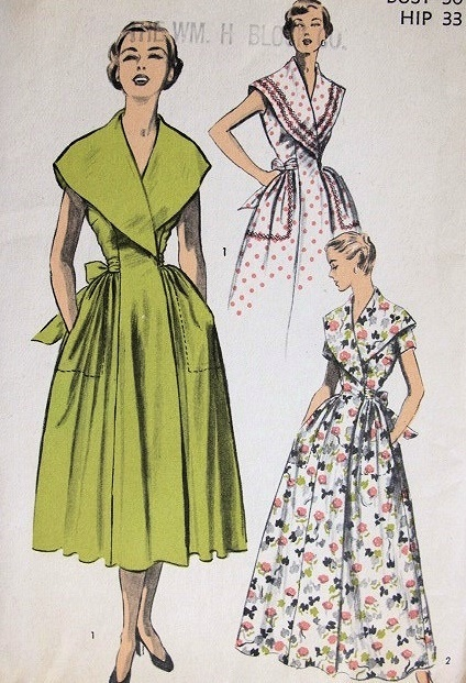1950s BEAUTIFUL ROBE BRUNCH COAT HOUSECOAT PATTERN FLATTERING LARGE WIDE LAPELS, SIDE WRAP ADVANCE PATTERNS 5532
