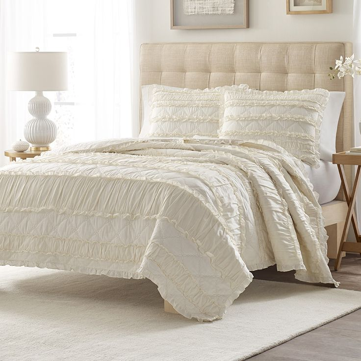 Stone Cottage Solid Ruffle Quilt Set BeddingStyle