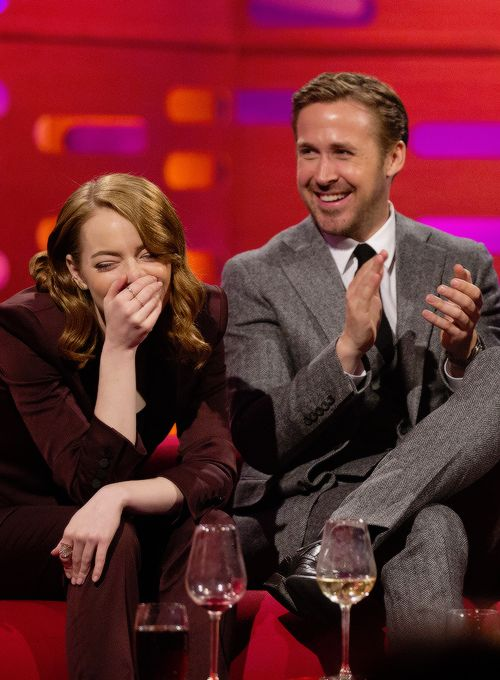 """fionagoddess: """" Emma Stone and Ryan Gosling during filming of the Graham Norton Show (Jan 12, 2017) """""""
