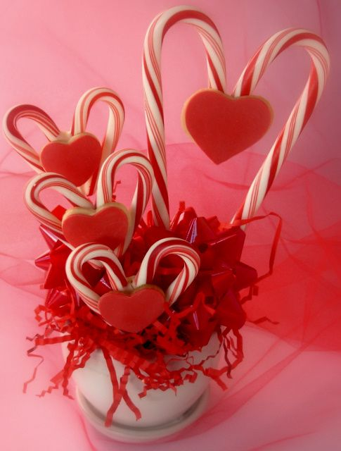 Candy hearts - 25 DIY Valentine Day Gifts