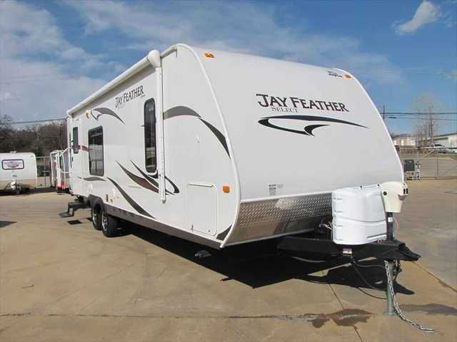 2012 Used Jayco Jay Feather 30' Travel Trailer in Texas TX.Recreational Vehicle, rv, Kennedale Camper Sales, Kennedale, TX, 817-478-6071.