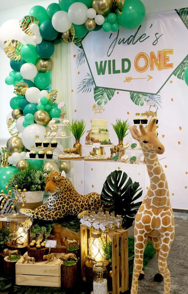 Wild One Safari Birthday Party Ideas Photo 1 Of 29 Jungle Theme Birthday Party Wild Birthday Party Wild One Birthday Party