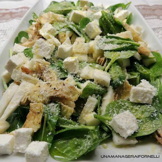 Insalata di carciofi, spinaci e sedano rapa, uncontorno a zero calorie che apporterà al vostro organismo svariati benefici.