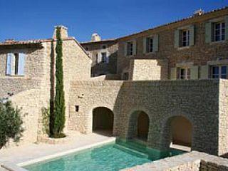 Luxueux+gîte+avec+piscine+chauffée+à+Gordes+dans+le+Luberon+6+couchages+++Location de vacances à partir de Gordes @homeaway! #vacation #rental #travel #homeaway