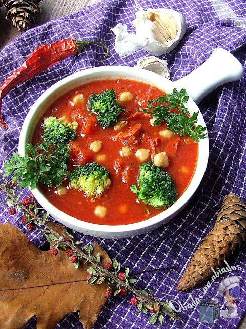 http://www.obados-na-obiados.com/2013/12/pomidorowy-gulasz-z-chorizo-i-brokuem.html