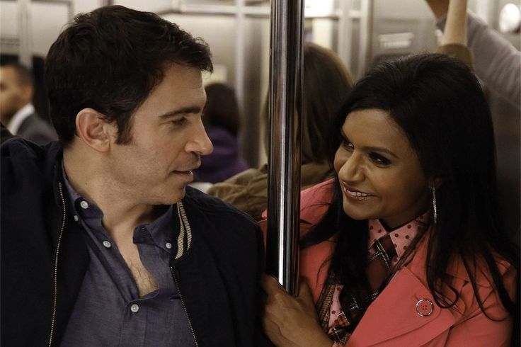 when do mindy and danny start dating
