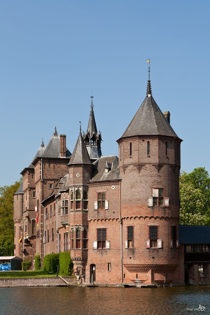 Castle de Haar Haarzuilens Foto uit de buurt van Kasteellaan 3455RR Haarzuilens