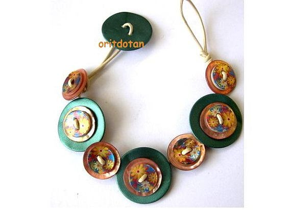 Bracelet button jewelry made of shell buttons flowers by oritdotan, $22.00