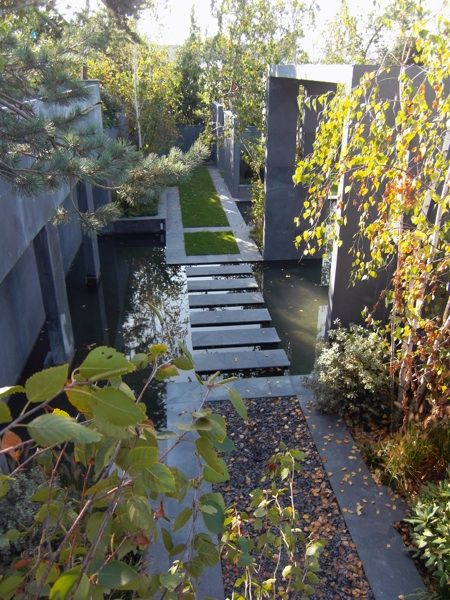 Urban Garden in Paris by Landscape Architect Julien Decker | Armandii Ritme, lijnenspel, materialen