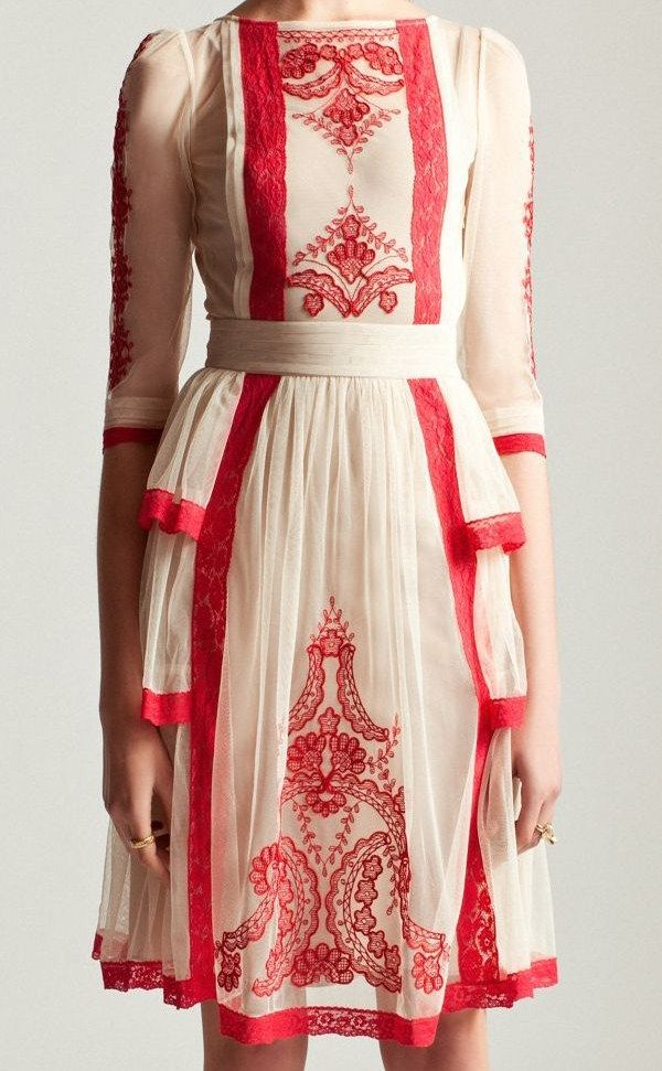 great details, would look equally pretty with dark navy embroidery