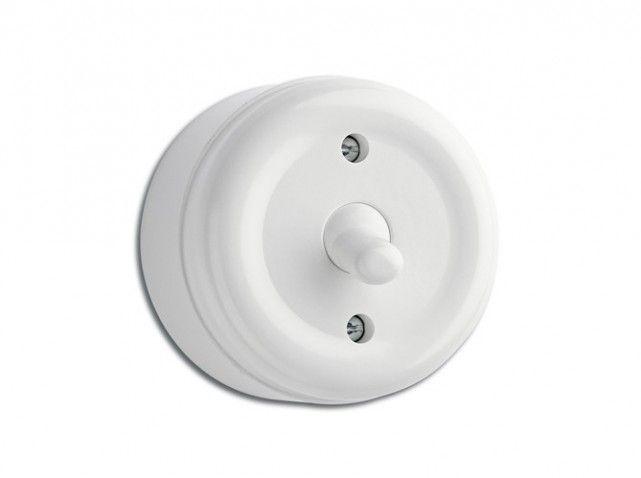 Interrupteur souvenir - Interrupteur à bouton-poussoir, en porcelaine, Ø 6,5 cm, 45 €, également disponible en noir, Merci Paris
