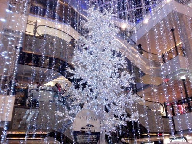 Árbol de Navidad. Centro Comercial Andino. Bogotá D. C.
